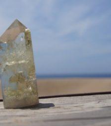 8月1日の誕生石であるシトリンは、とても明るくてプラスイメージの石です。