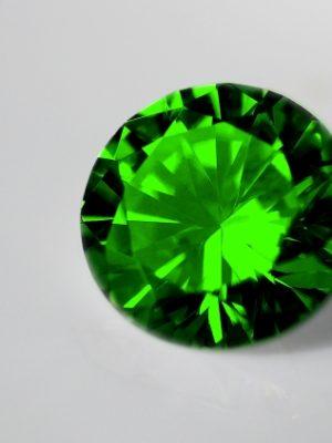 1月9日の誕生石透明グロシュラライト・ガーネット