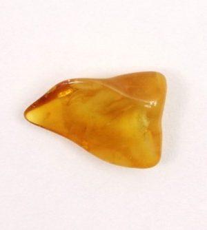 1月17日の誕生石の不透明琥珀