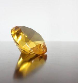 3月13日の誕生石「イエロー・ダイヤモンド」